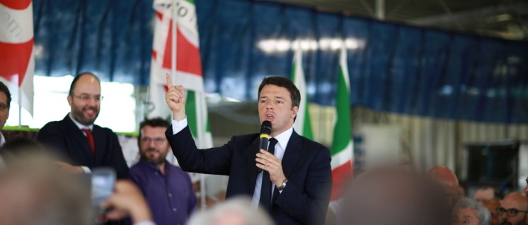 Italiens Regierungschef Matteo Renzi behauptete, alles anders machen zu wollen … wie so viele vor ihm. (Foto: Francesco Pierantoni/https://www.flickr.com/photos/tukulti/26834473173/CC BY 2.0)