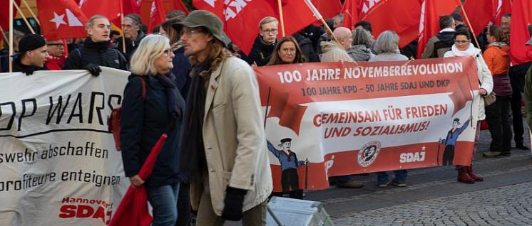 DKP und SDAJ erinnern gemeinsam an die Novemberrevolution (Foto: Ulf Stephan / r-mediabase.eu)