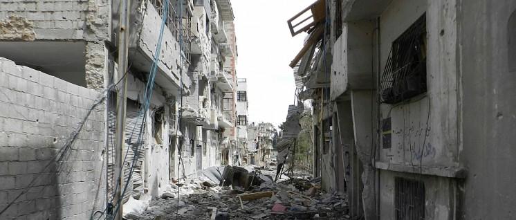 Eine Straße in Homs: Bleibt im Krieg noch Spielraum für Liberalisierung? (Foto: Bo yaser/wikimedia.org/CC BY-SA 3.0)
