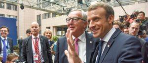 Emmanuel Macron (r.) mit Jean-Claude Juncker (Foto: European Union, Jennifer Jacquemart)