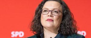 Andrea Nahles wagt den Schritt und zweifelt an Agenda 2010 und Hartz-Gesetzen. Aber wer glaubt ihr noch? (Foto: Gemeinfrei)