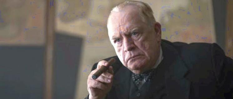 Der Film legt einen Rauchvorhang vor den wirklichen Churchill (Foto: universum film)