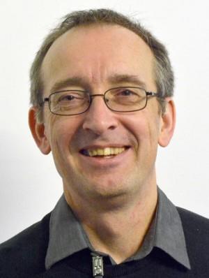 Jörg Kronauer, Soziologe und freier Journalist mit den Schwerpunkten Neofaschismus und deutsche Außenpolitik. Redakteur des Nachrichtenportals german-foreign-policy.com