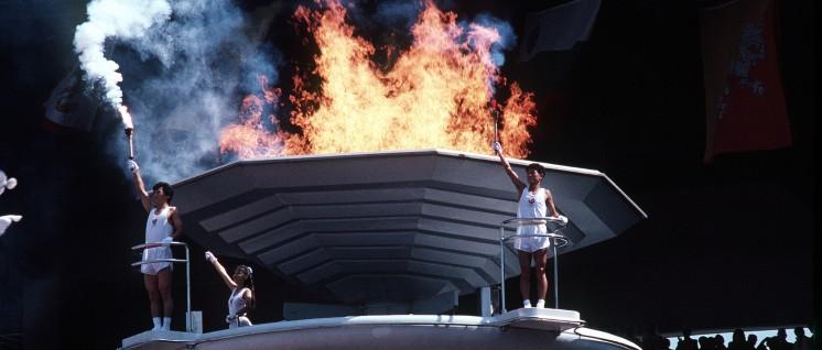 Olympische Spiele in Seoul 1988: Das Olympische Feuer ist entzündet. (Foto: Ken Hackman, U.S. Air Force/ wikimedia.com/ public domain)