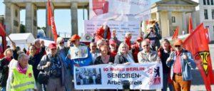 """Auftakt des """"Seniorenaufstands"""" im Oktober 2015 in Berlin. (Foto: Uwe Hiksch)"""