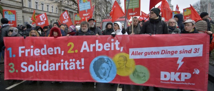 Luxemburg-Liebknecht-Lenin-Demo in Berlin (Januar) (Foto: Tom Brenner)