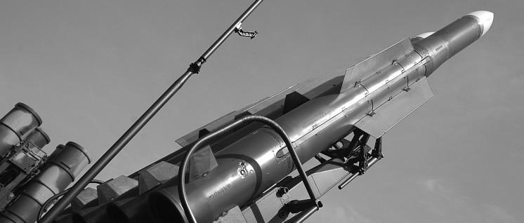 """Boden-Luft-Rakete """"Buk"""": Eine solche Waffe traf das Flugzeug MH17 – aber die Volksmilizen des Donbass haben hatten zu diesem Zeitpunkt keine einsatzfähigen Buk-Raketen. (Foto: Yuriy Lapitskiy/flickr.com/CC BY-SA 2.0/https://www.flickr.com/photos/74292825@N00/1297419249)"""