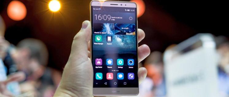 Angst vor der Konkurrenz. Huawei ist inzwischen weltweit der zweitgrößte Produzent von Mobiltelefonen. (Foto: [url=https://www.flickr.com/photos/65265630@N03/24219900670]Kārlis Dambrāns/flickr.com[/url])