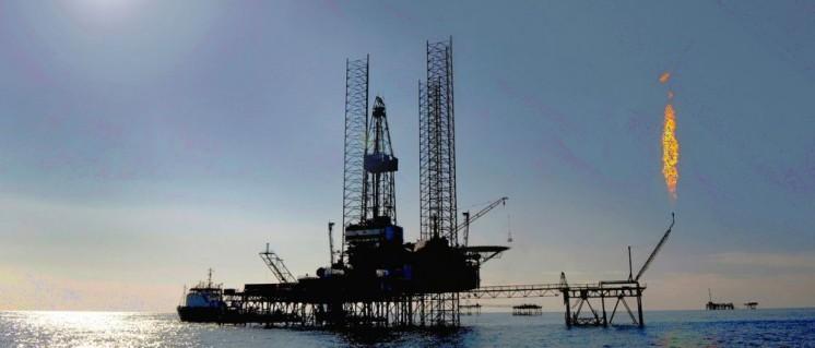 Turkmenische Ölplattform im Kaspischen Meer (Foto: www.dragonoil.com)