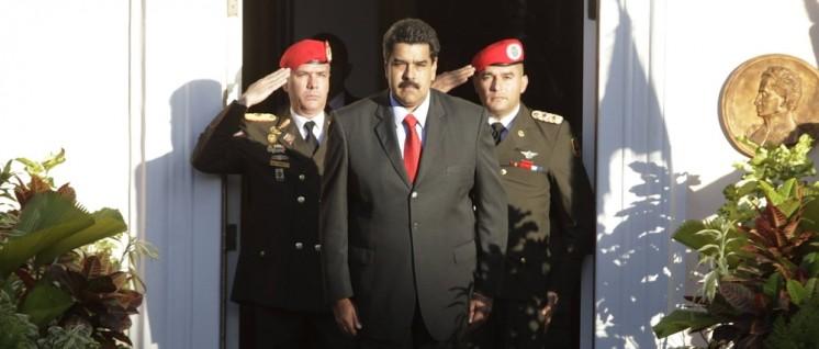 Das Militär steht zur Regierung – aber die Zukunft der Revolution entscheidet sich auf der Straße und in den Betrieben. (Foto: Maduro)