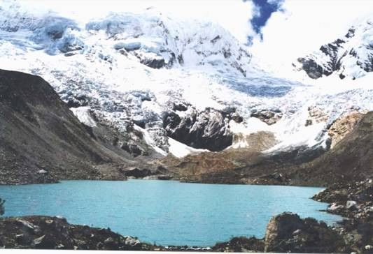 Die Palcococha-Lagune liegt auf 4 500 Meter Höhe.