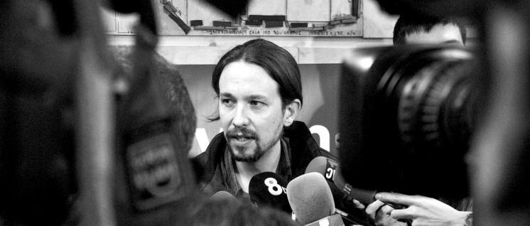 Im Mittelpunkt der Aufmerksamkeit: Pablo Iglesias. (Foto: Barcelona En Comú/wikimedia.org/CC BY-SA 2.0)
