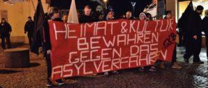 """""""Die Rechte"""" gegen Asylsuchende – 10. 01. 2015 in Bautzen. (Foto: Caruso Pinguin/flickr.com/CC BY-NC 2.0)"""