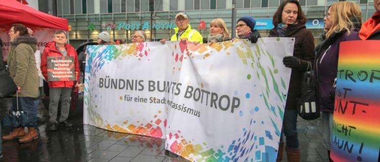 Bündnis Buntes Bottrop für eine Stadt ohne Rassismus (Foto: Peter Köster)