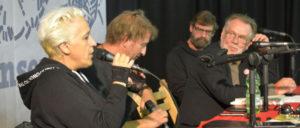 Podiumsdiskussion über rechte Parteien und Kultur auf dem UZ-Pressefest, u. a. mit Susann Witt-Stahl von der Zeitschrift