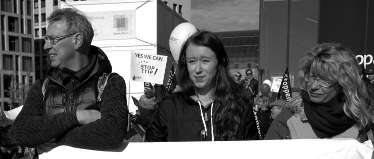 Demo gegen TTIP und CETA in Berlin (Foto: Gabriele Senft)