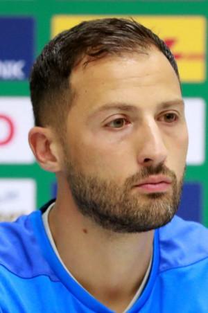 Letzte Meldung: Tedesco darf weiter den Übungsleiter auf Schalke geben.