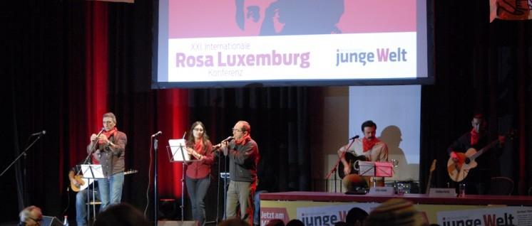 Rosa-Luxemburg-Konferenz 2016, Grup Yorum (Foto: Tom Brenner)