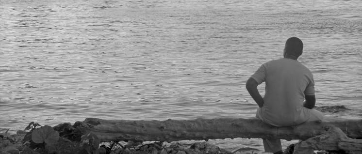 """Im """"61. Jahr der Revolution"""" am Ufer des Rio Almendares in Havanna (Foto: Günter Pohl)"""