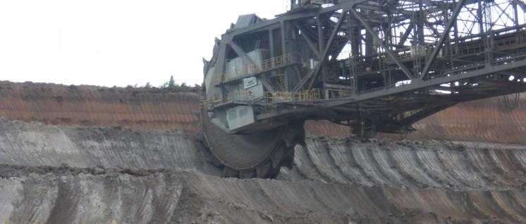 Braunkohlentagebau (Foto: wikimedia.org / CC BY 3.0 / Niesen )