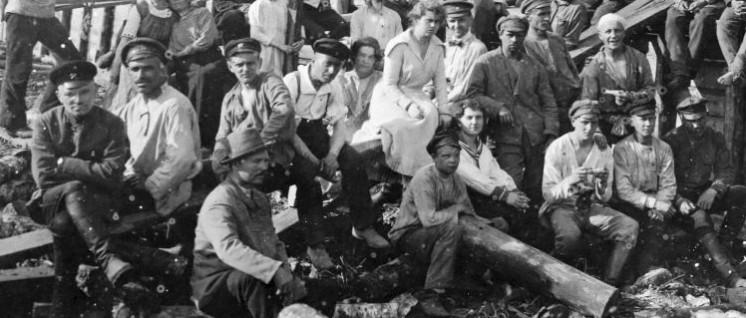 Subbotniki – Freiwillige Samstagsarbeit von sowjetischen Werktätigen, 1920 (Foto: gemeinfrei)