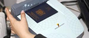 Wenn der Asylantrag endlich durch ist, gibt es einen schönen neuen Eintrag in den Ausweis (Foto: BAMF)