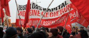 Gegen das Kapital und seine Regierung– Block der PdA auf der Demo in Wien (Foto: Hasan Mahir)