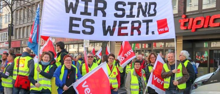 Bei der Tarifrunde im Öffentlichen Dienst gab es soviel Streikende wie nie. (Foto: Gülrüm Palaz/ver.di-Jugend NRW)