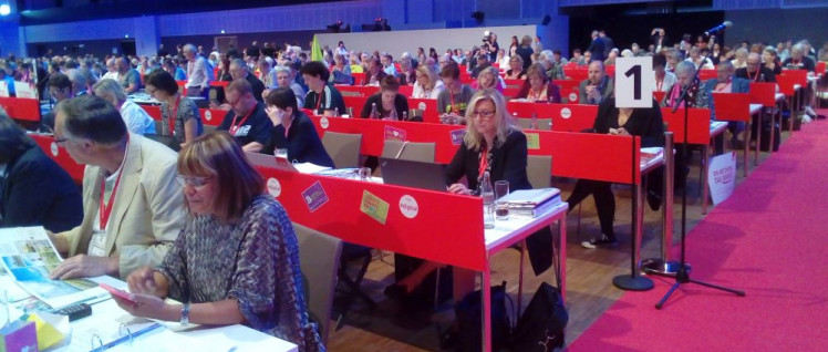 Parlament der Arbeit 2018: Delegierte des 21. Bundeskongresses des Deutschen Gewerkschaftsbundes (Foto: Herbert Schedlbauer)