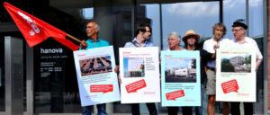 Aktion der DKP Hannover am 18.August für den Bau kommunaler Wohnungen (Foto: DKP Hannover)