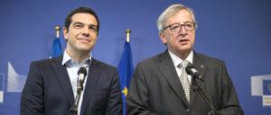 Der griechische Ministerpräsident Tsipras ist Erfüllungsgehilfe neoliberaler Politik geworden (rechts: Jean-Claude Juncker) (Foto: [url=https://en.wikipedia.org/wiki/Alexis_Tsipras#/media/File:Tsipras_and_Junker.jpg]Alexis Tsipras Premierminister von Griechenland[/url])