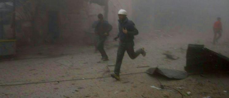 """Die """"Weißhelme"""" tauchen immer nur in von Terroristen beherrschten Gebieten auf. Für den Westen sind sie """"die Guten"""". (Foto: GMC via Twitter)"""