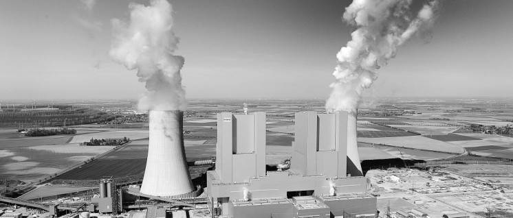 Das Kraftwerk Neurath ist das zweitgrößte Braunkohlekraftwerk Europas. (Foto: Jörg Mettlach/RWE AG)