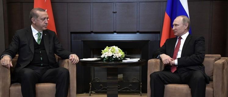 Schon etwas angenähert: Der türkische Präsident Erdogan zu Besuch bei Russlands Präsident Putin (3.Mai 2017) (Foto: kremlin.ru)
