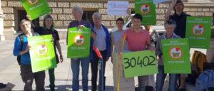 """30 402 Unterschriften sammelte die Volksinitiative """"Unsere Schulen"""" in Berlin. (Foto: gemeingut.org)"""