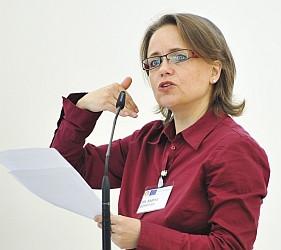 Dr. Sabine Schiffer promovierte zum Islambild in den Medien und gründete 2005 das unabhängige Institut für Medienverantwortung (IMV), dessen Leiterin sie ist.