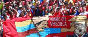 Während die Putschisten an der Grenze für Randale sorgen wollten, erklärte Präsident Nicolás Maduro während einer Demonstration in Caracas gegen die Drohungen der USA den Putsch für gescheitert. (Foto: AVN)