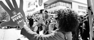 Warnstreik IG Metall in Reutlingen; Kundgebung vor Bosch (Foto: Annette Wandel/IG-Metall)