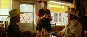 Den Anweisungen des Personals ist widerspruchsfrei Folge zu leisten. (Foto: Foto: Paramount Pictures http://www.kino.de/film/hell-or-high-water/#)