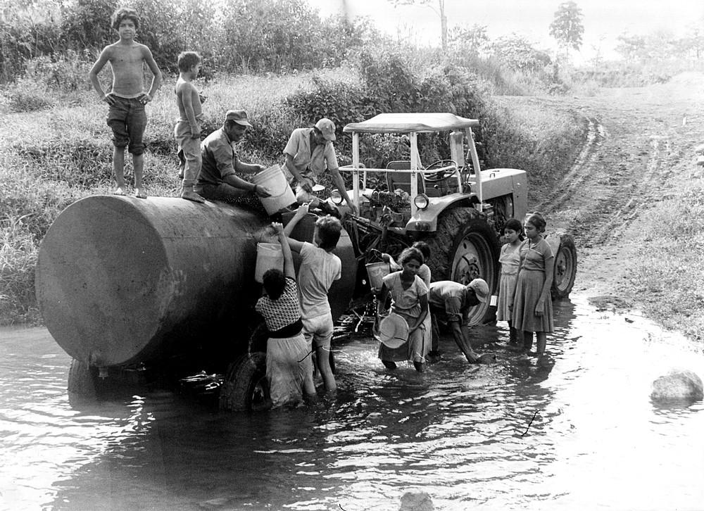 Berndt Koberstein war in Wiwili als Bauleiter am Bau einer Trinkwasserleitung beteiligt. In weiten Teilen des Landes musste Wasser noch im Tankwagen transportiert werden.