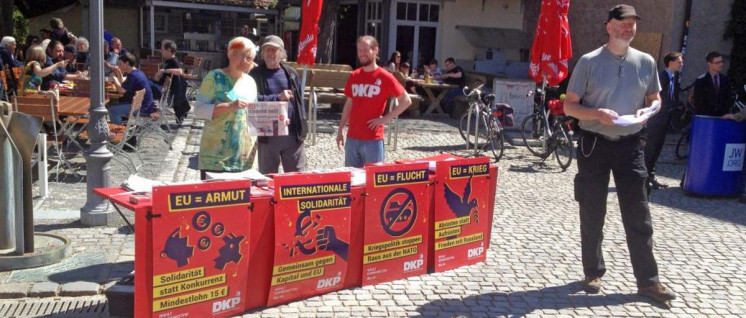 Infostand in Ansbach (Foto: DKP)