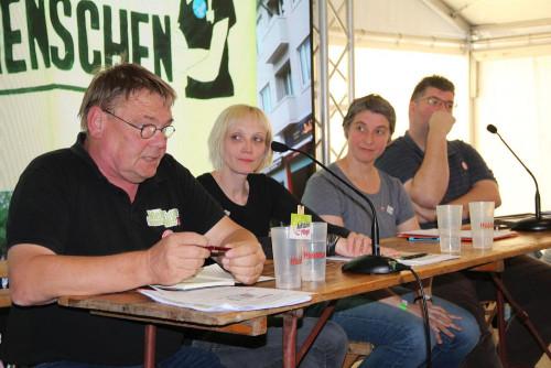 Wenn es sein muss. Meike S. (2. von links) bei der Podiumsdiskussion.