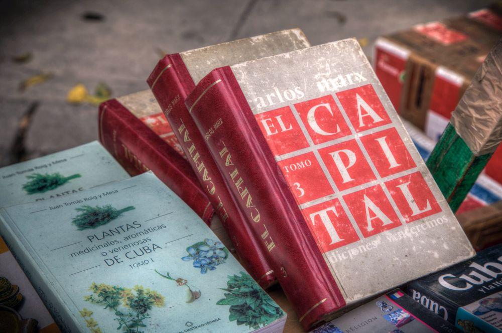"""""""Das Kapital"""" – Die Marxistischen Blätter zählten zum 100. Jahrestag 220 Ausgaben in 43 Sprachen"""