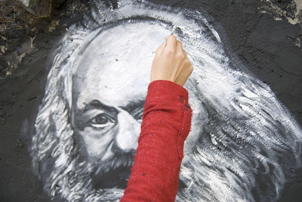 Wir malen unseren Marx selbst