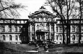Das Bundesverfassungsgericht in Karlsruhe, 1956