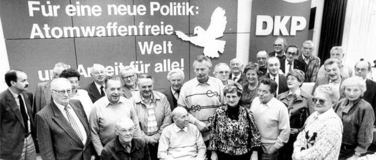 Am 16. November 1988: Konstituierung der Initiativgruppe zur Rehabilitierung der Opfer des Kalten Krieges beim DKP-Parteivorstand in Düsseldorf (Foto: UZ-Archiv)