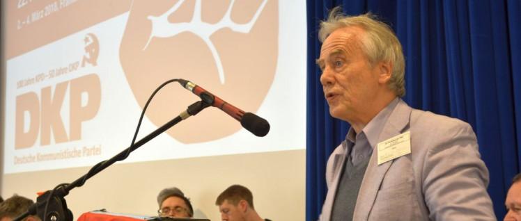 Reiner Braun als Gast beim 22. Parteitag der DKP im März 2018 (Foto: Tom Brenner)