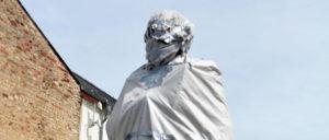 Ein Gespenst steht rum: Marx verhüllt in Trier (Foto: Thomas Brenner)