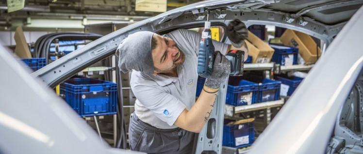 Insignia-Fertigung im Opel-Werk Rüsselsheim (Foto: Alexander Heimann/Adam Opel AG)