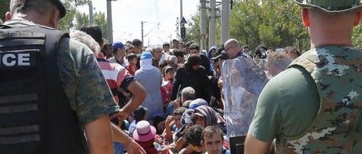 Europäische Lösung (Foto: [url=https://de.wikipedia.org/wiki/Fl%C3%BCchtlingskrise_in_Europa_ab_2015#/media/File:Arbeitsbesuch_Mazedonien_(20270359624).jpg]Österreichisches Bundesministerium für Europa, Integration und Äusseres[/url])